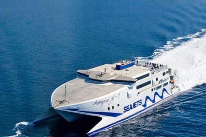 Греция возобновила паромное сообщение со всеми островами