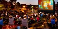 Италия: открытый кинотеатр под звездами Неаполя