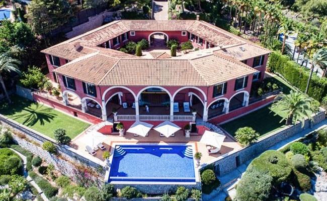 Испания: дом Адольфо Суареса на Майорке продается за 13 млн евро