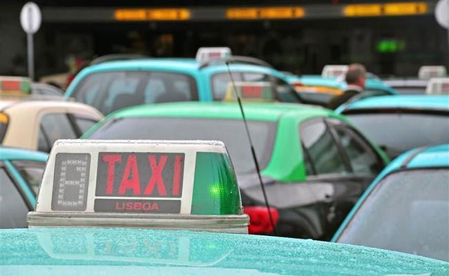 Португалия: таксист задержан за спекуляцию