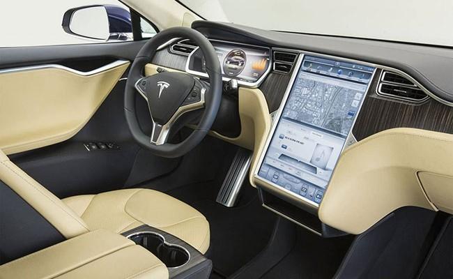 Tesla отзовет на ремонт 11 тысяч кроссоверов