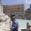 Италия: в столице запрещают мужчинам прогуливаться с голым торсом