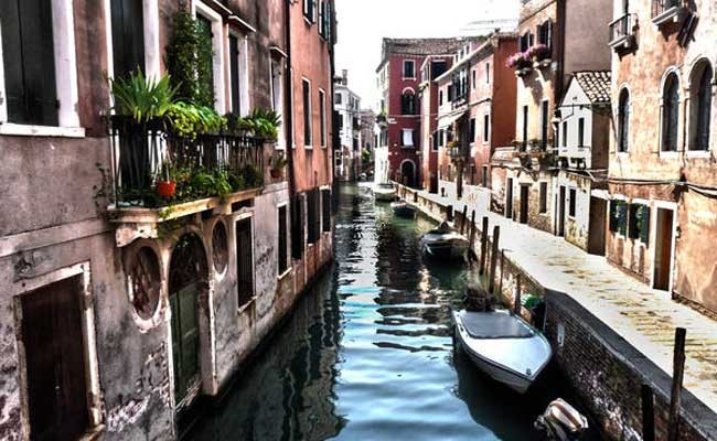 Италия: в Венеции пересохли каналы
