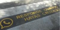В Испании отучают пешеходов пользоваться телефоном на зебре