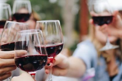 Португалия: сколько тратят на алкоголь