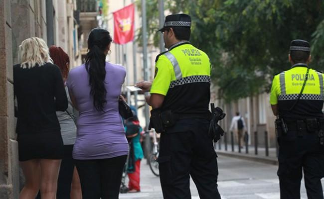 В Испании перестали штрафовать уличных проституток