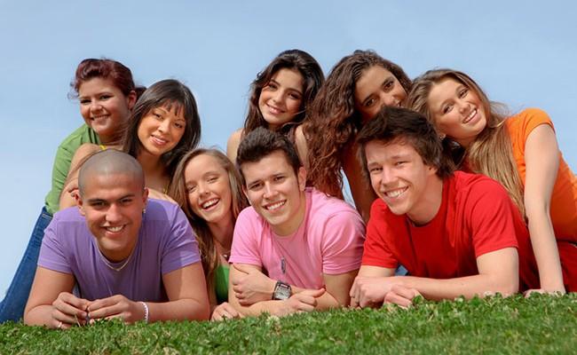 Испания - лидер по показателю благополучия молодежи