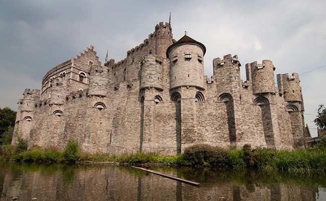 В Испании продается замок в стиле «Игры престолов»